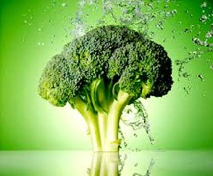 Broccoli is very useful in preventing women's popular cancers.