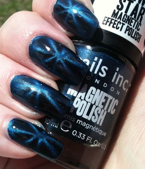 Nails Inc's The Strand Star Magnetic Polish