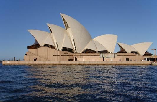 the Opera House (Opera House)