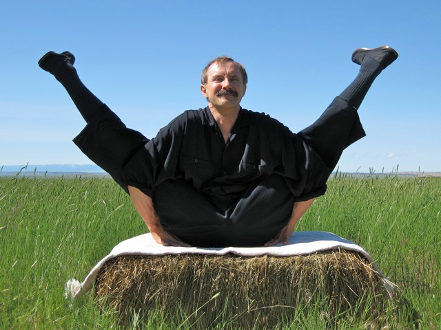 yin yoga - Founded by chi kung expert Paulie Zink
