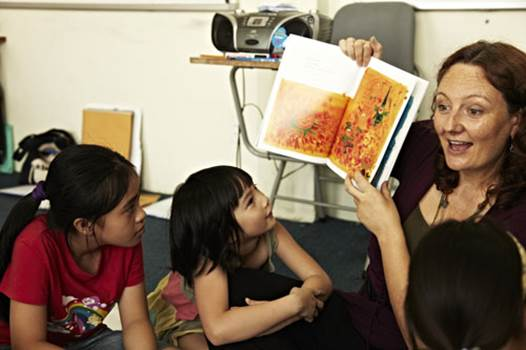 Children will quickly speak English when living in an environment that is full of this language