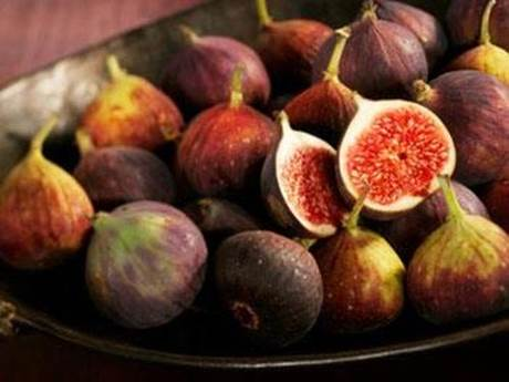 The nutritional components in fig are equal to those in breast milk.