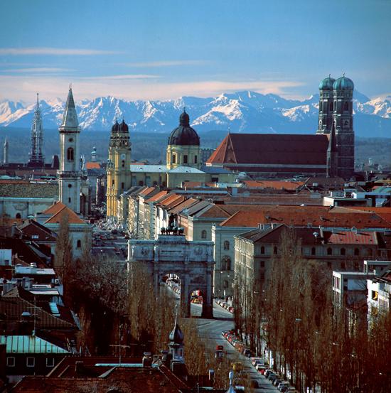 The elegant Munich skyline