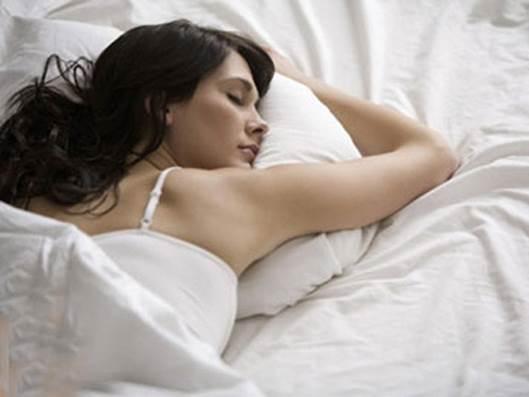 Sleep properly to have beautiful skin