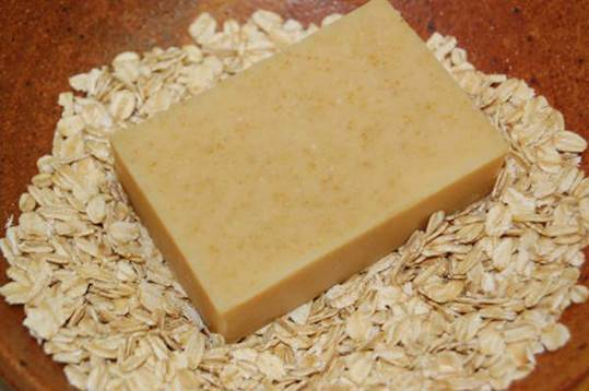 Description: You can make yourself a oatmeal soap by combining oatmeal and baking soda.