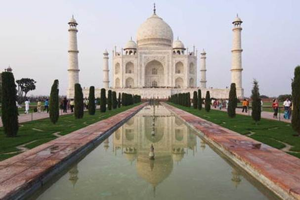 Description: The Taj Mahal is the jewel of Muslim art in India and one of the universally admired masterpieces of the world's heritage
