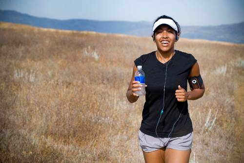 One of the best way to limit dehydration during a run is to drink enough beforehand