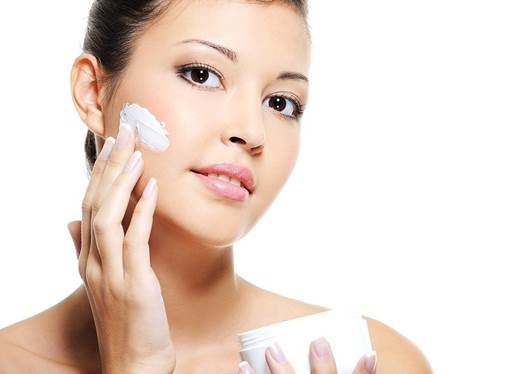 Habit of caring skin can beautify skin and prevent aging effectively.