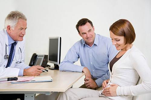 Description: Before deciding to be mother, women should go to check health to eliminate the risk of infection about urinary system.