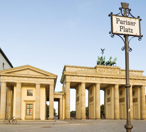 berlin 39 s top 10 brandenburger tor pariser platz. Black Bedroom Furniture Sets. Home Design Ideas