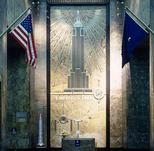New york top 10 empire state building for Chrysler building lobby mural