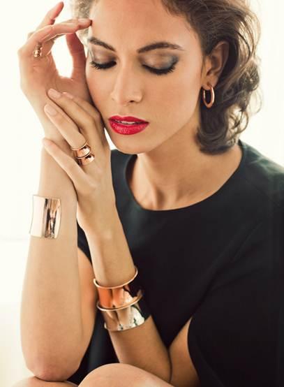 Description: D:\!Work\!60s\!Publish\17.04.2012\Women_Fashion_Style_Showcase_–_April_2012_files\image003.jpg