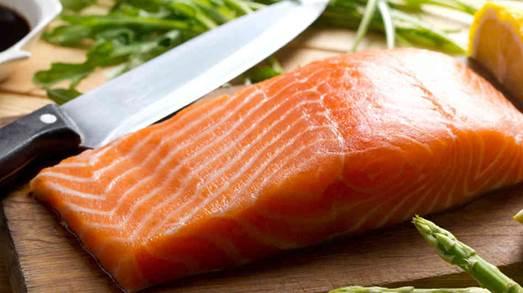 Rich-DHA salmon can prevent postpartum depression.