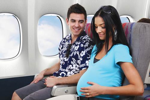 Obstetricians advise that if pregnant women want to travel with airplane, they should only travel when fetus is about 14-28 weeks.