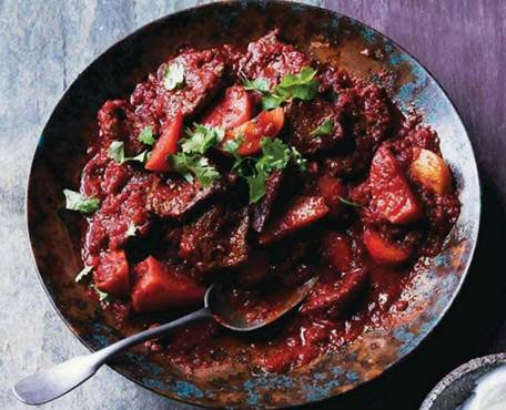 Beef & beetroot curry