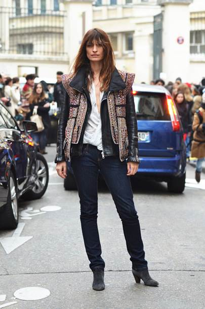 How to Add a Parisian Touch to Your Wardrobe