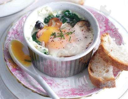 Description: Baked eggs with mushrooms