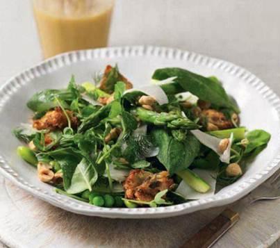 Description: Green salad with pecorino