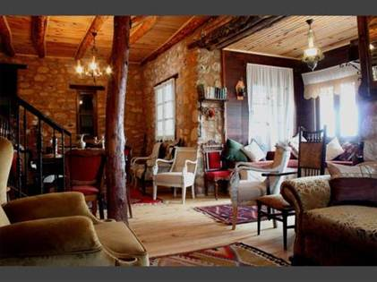 Description: Cosy rooms and the gentle sound of goats' bells from the slopes below guarantee you relax