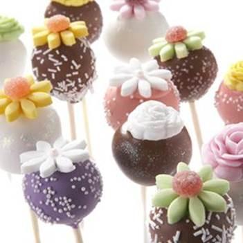 Description: Description:  A selection of Ipsy Doodle Cake Pops