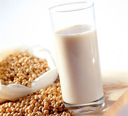 Pregnant women can drink soya milk or other kinds of milk and it isn't compulsory to drink pregnant women.