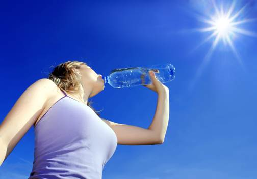 How to drink water right in hot season?