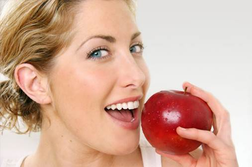 Apple can whiten the teeth.