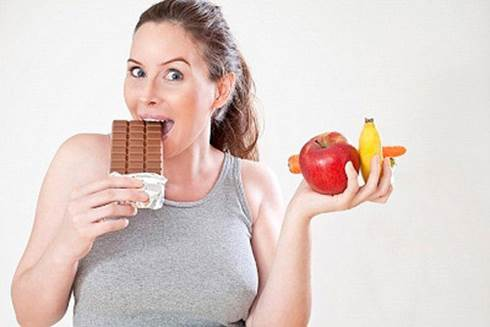 Gaining weight a lot will be very harmful to you, so you should find suitable ways to lose weight.