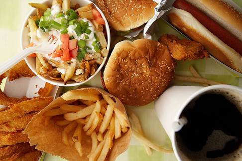 Eating fast food can make you gain weight quickly.