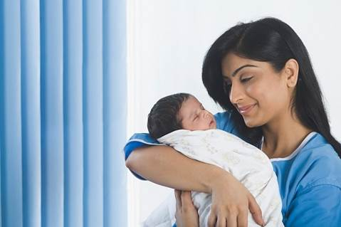 If babies have thick hair, mothers can be unbiased to brush babies' hair or washing babies' hair with correct way won't harm to this membrane.