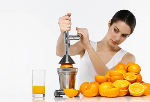Eating too many oranges can lead to consumption of too much vitamin C and increasing the amount of oxalic acid in body.