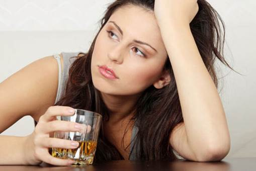 Giving up wine, beer and drinks that contain alcohol is necessary thing before you intend to become pregnant.