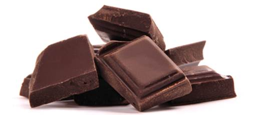 Black chocolate contain lots of antioxidants that are able to decrease the risk of cardiovascular diseases.