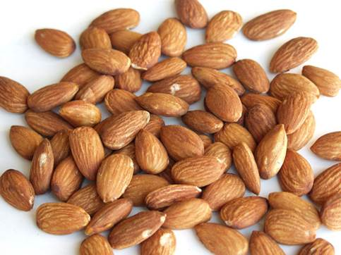 Almond can help reduce the risk of cancer, heart disease and other chronic diseases.