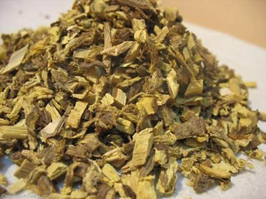 Description: Dried licorice root keeps gums and teeth healthy