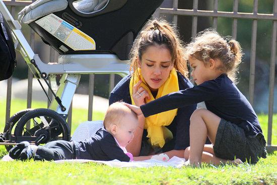Description: Jessica Alba At the park with her children