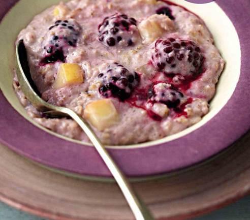 Description: Apple and blackberry porridge