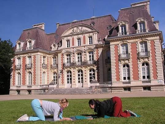 Description: Yoga in France