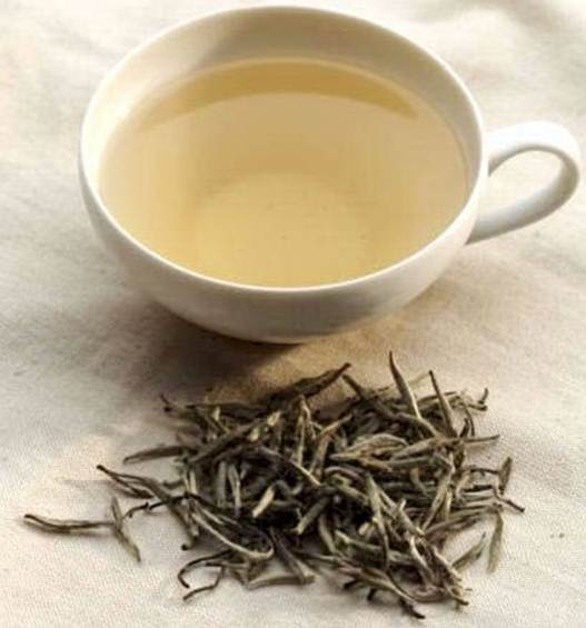 Description: The research team investigated 21 plant extracts and found that white tea offered the most benefits result.
