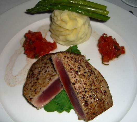 Description: Tuna Au Poivre