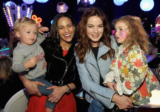 Description: Paula and Julian hung out with Michelle Monaghan and her daughter