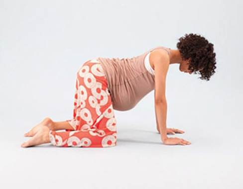 Pregnant women can try this movement on bed or floor that spread out a carpet.