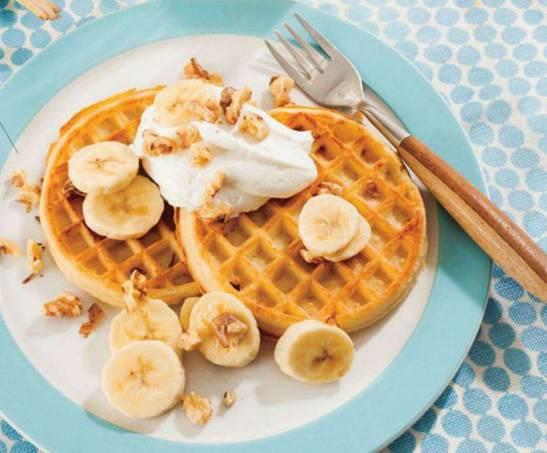 Banana-Nut Waffle Sundae