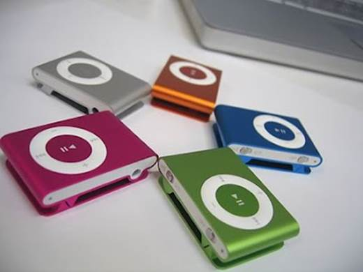 "Listening music with MP3, MP4 player with too big volume can make children have noise ""noise pollution""."