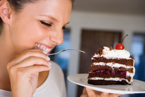 You shouldn't eat sweet foods in breakfast.