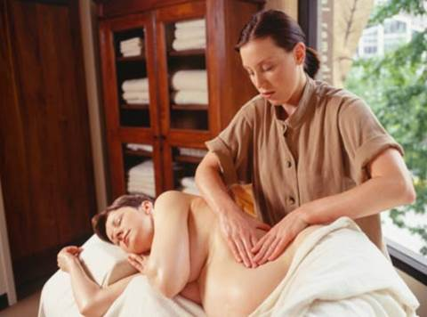 Pregnant women should absolutely avoid massaging in the first 3 months of pregnancy.