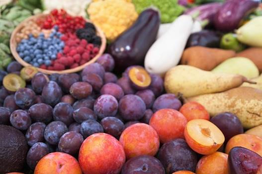 Fruits are very good for human health, especially for pregnant women's.
