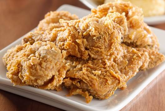 Eating fried foods will make the level of lipid increase, which is not good for your health.
