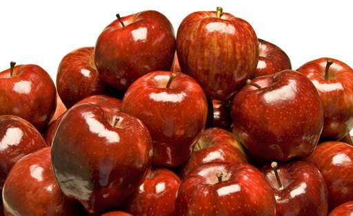 Apples have plenty of good minerals like potassium, magnesium, phosphorus, manganese, sulfur and pectin.