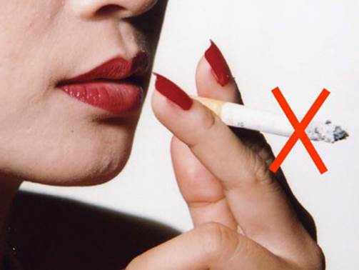 Giving up cigarette is also a way that can help prevent fatty liver.